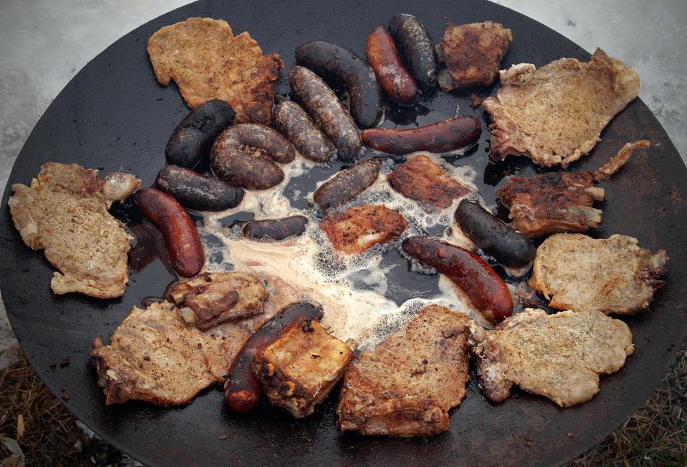 гурка шкварки мясо